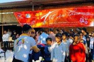 Thắng Lợi Group trao quà tết cho trẻ em nghèo ở Lâm Đồng